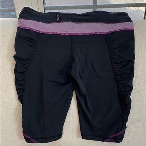 Lululemon Athletica yoga short 8. Zipper in back